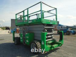 Genie GS5390RT Rough Terrain Scissor Lift With Outriggers